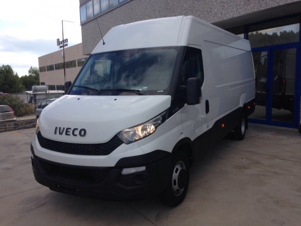 IVECO DAILY 35C13 H2L3